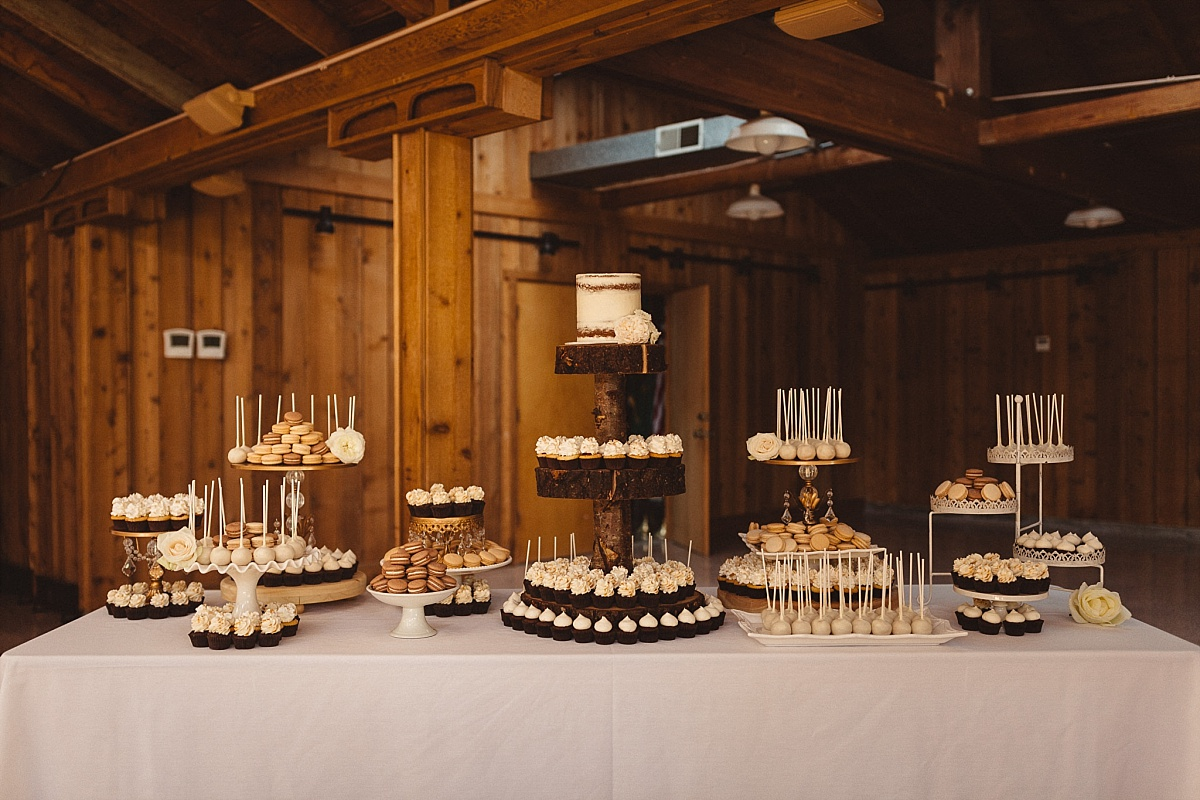 Wedding Cake at Kiana Lodge