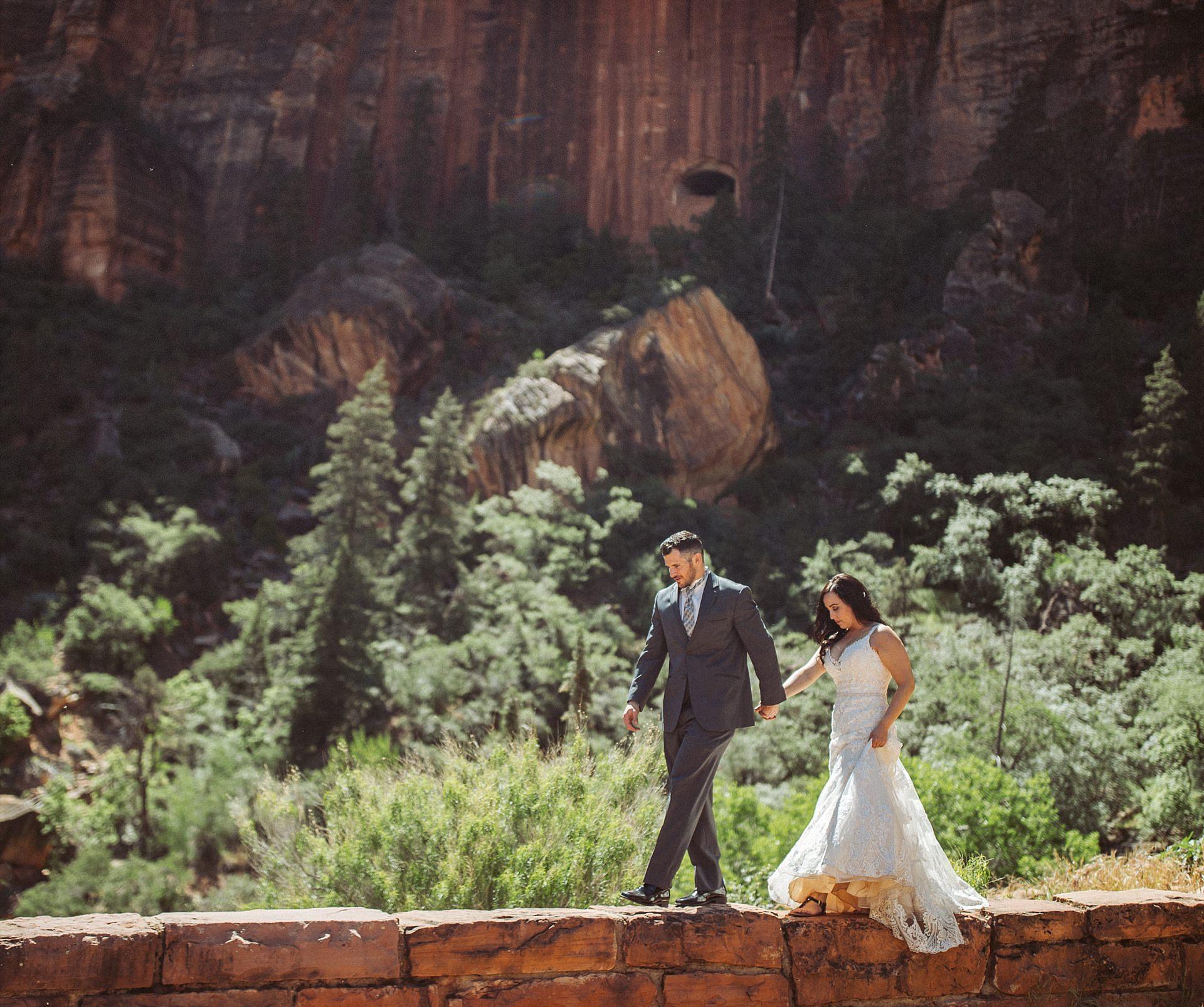 Hicks-Zion-National-Park-Wedding-0002.jpg