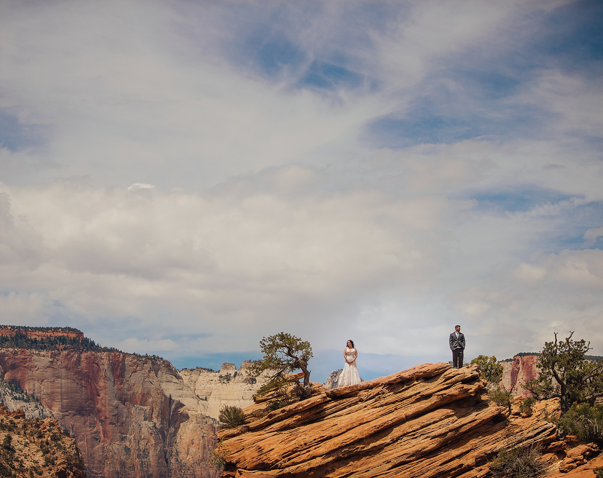 Hicks-Zion-National-Park-Wedding-0009.jpg