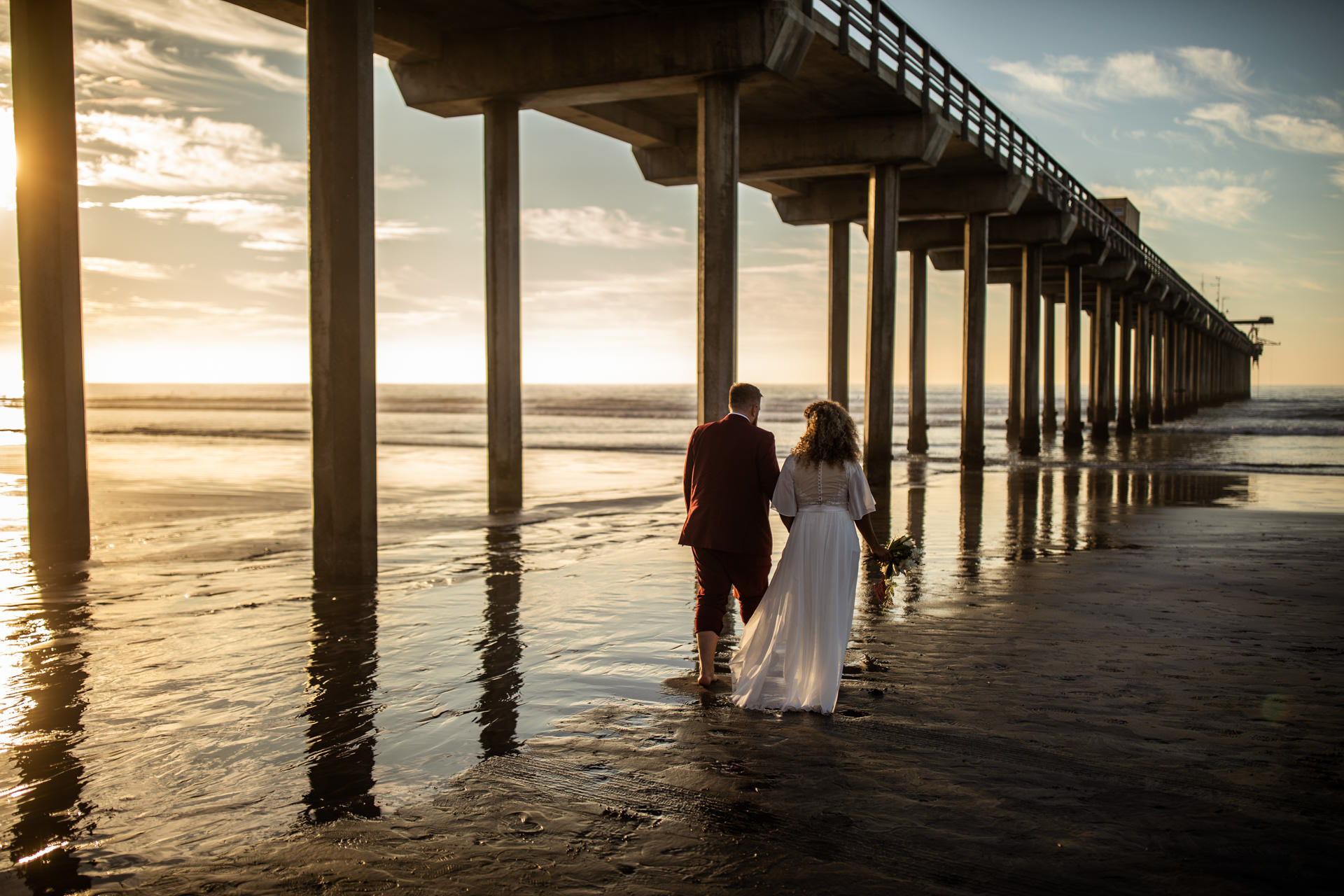 Gerusa Eric Scripps Pier Beach Wedding by Faces Photography