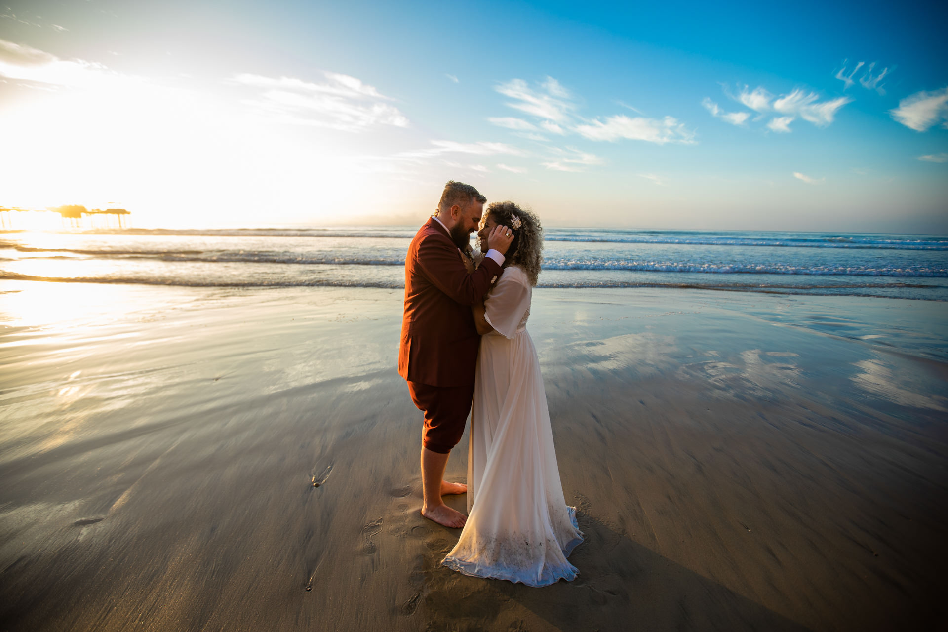 Eruc Gerusa Couple Portrait La Jolla San Diego Beach Wedding Sunset by Faces Photography