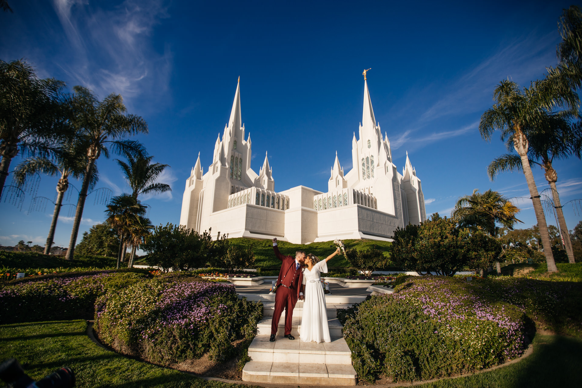 La Jolla San Diego Temple Wedding by Faces Photography