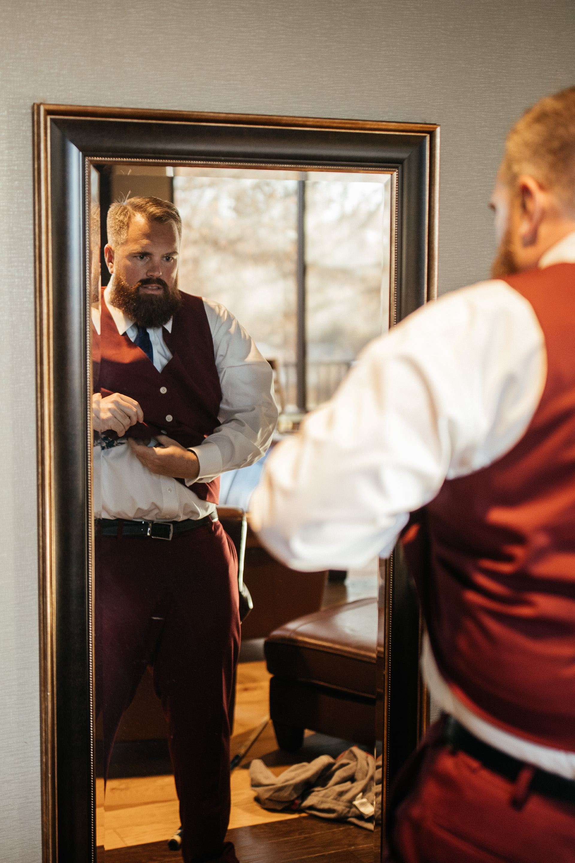 Gerusa Eric The Falls Reception Center Groom getting ready