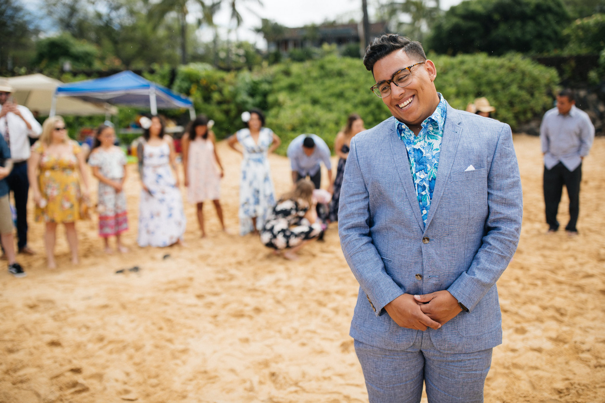 First Look Secret Beach Cove Makena Maui Wedding