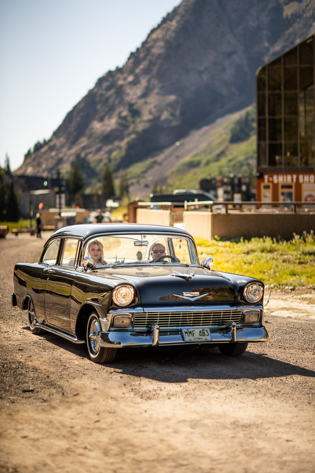 Bride goes down the isle in a belair