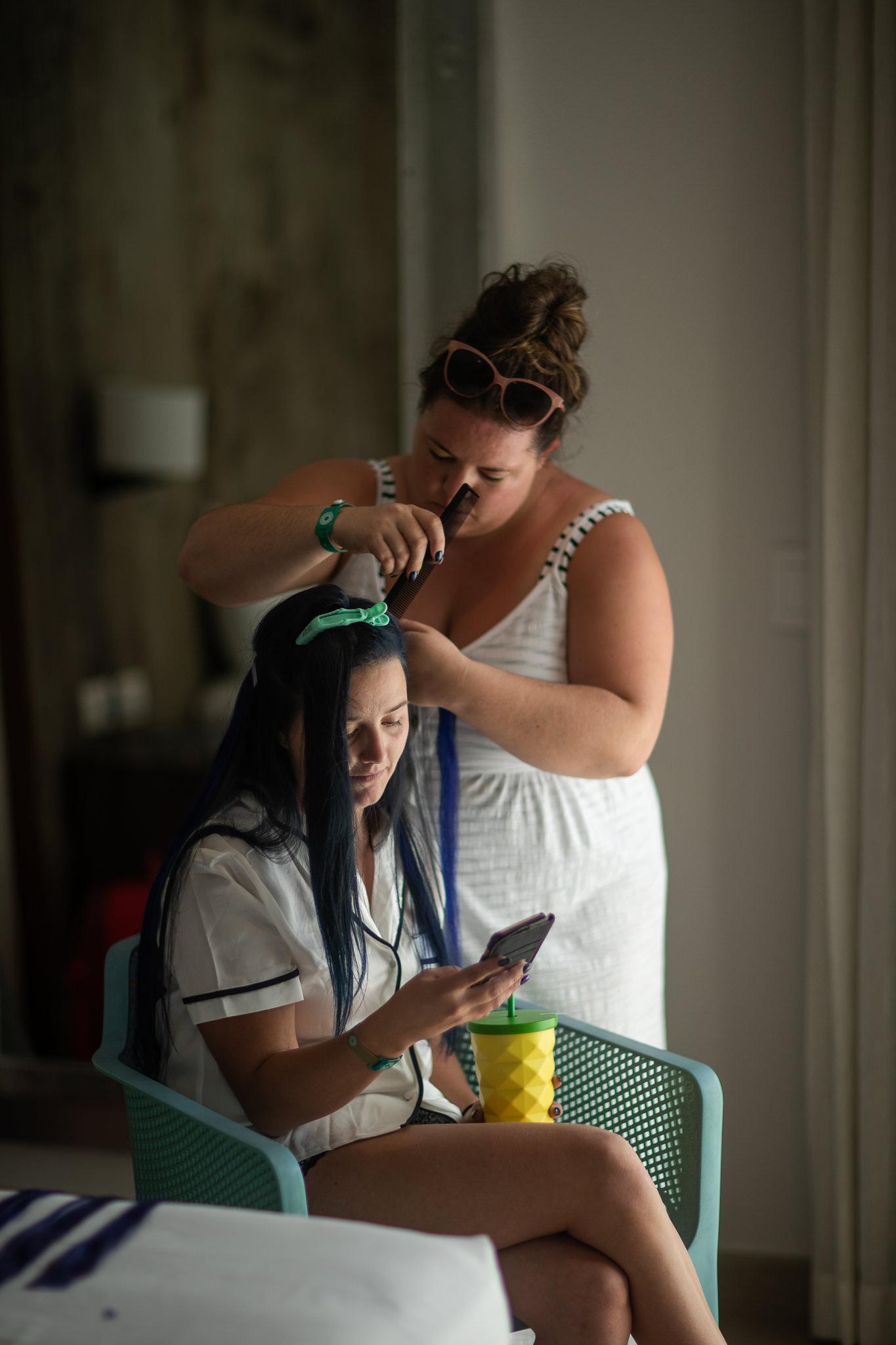 Bride getting ready in Playa Del Carmen