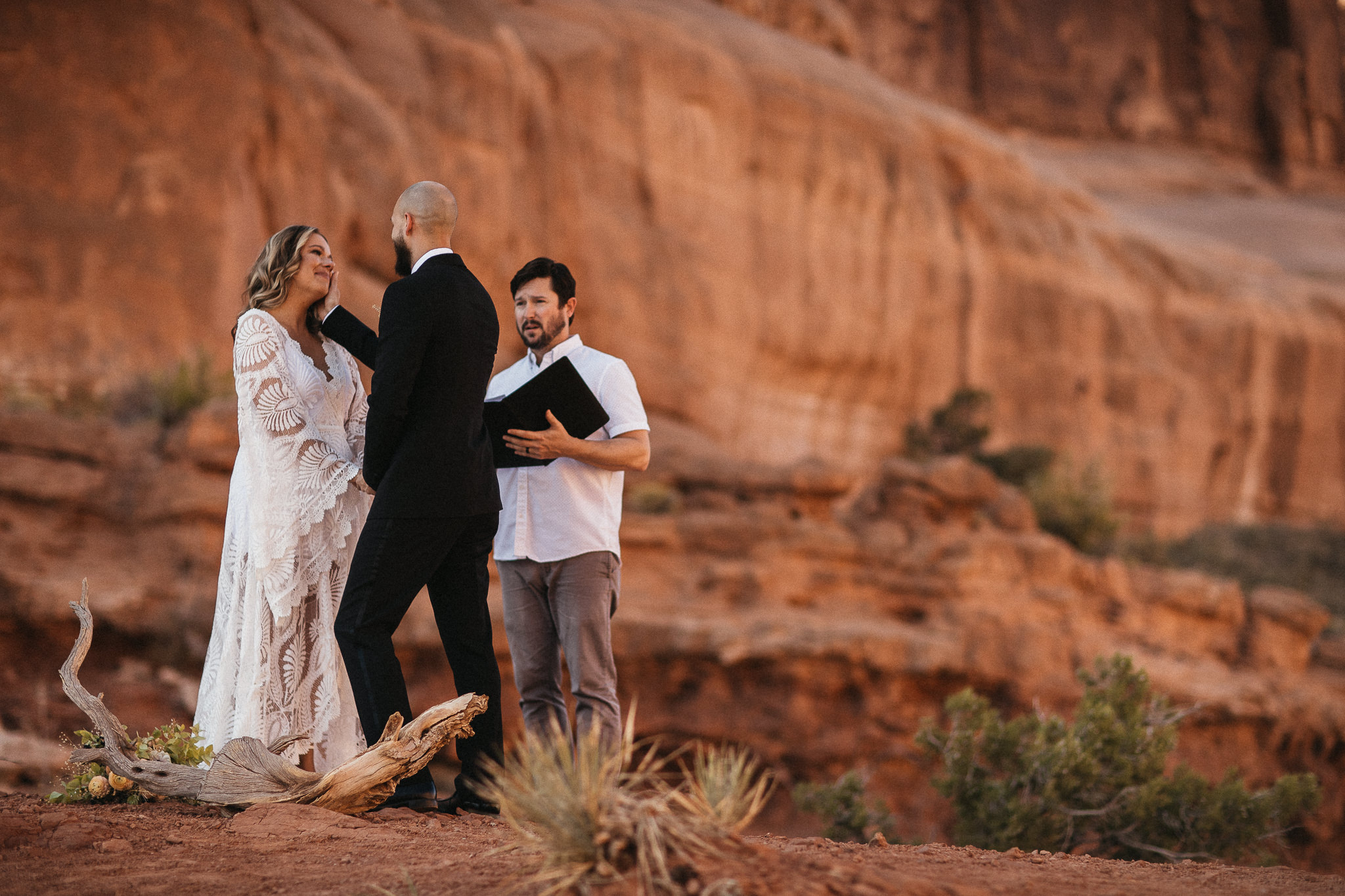 Quiet Elopement in Arches National Park
