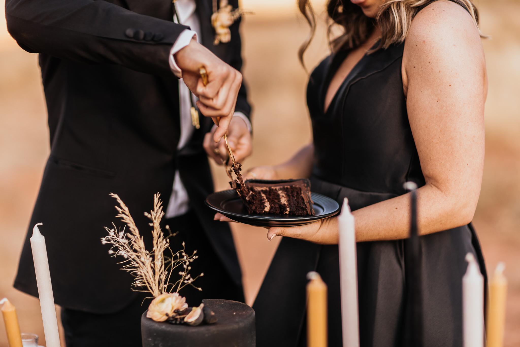 Bride and Groom Cut the Cake in Moab Utah